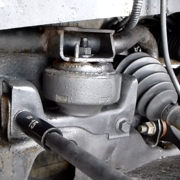 How to replace Engine Mount?